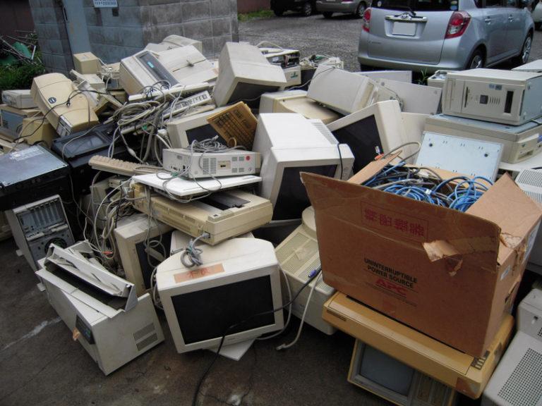 eBay輸出:7000円が24000円\(^o^)/日本だとゴミ同然が海外なら!